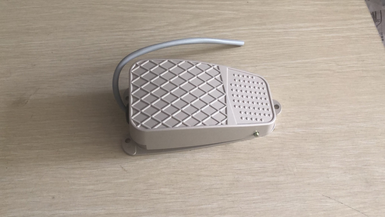 脚踏开关 BSDDT-2K-G容量AC380V,5A