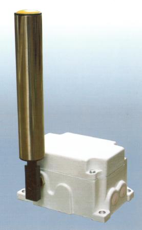 防偏开关 DFP动作角度一级为12′,二级为30′,常开+常闭,触点容量AC380V,防护等级IP67.